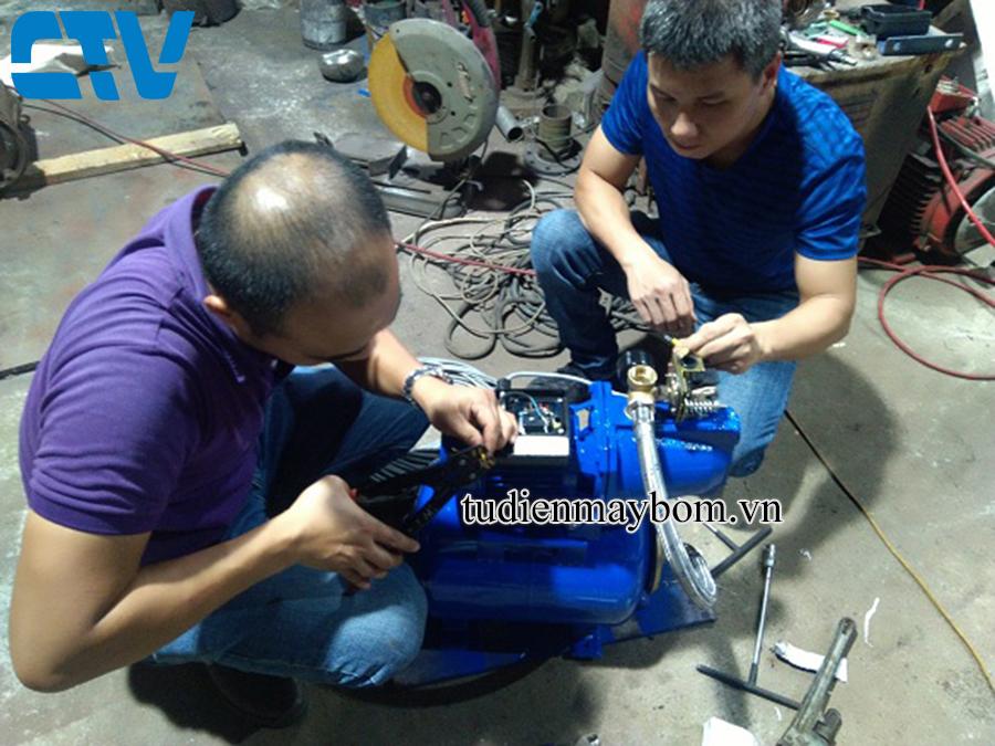 Lắp đặt hệ thống máy bơm nước tăng áp gia đình
